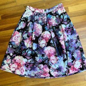 New York & Company A-Line floral skirt w/pockets